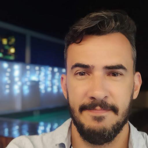Daniel Faustino