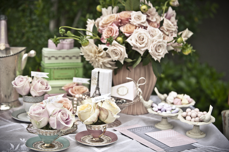 bridal shower themes for the parisian at heart viathe housewife wannabe