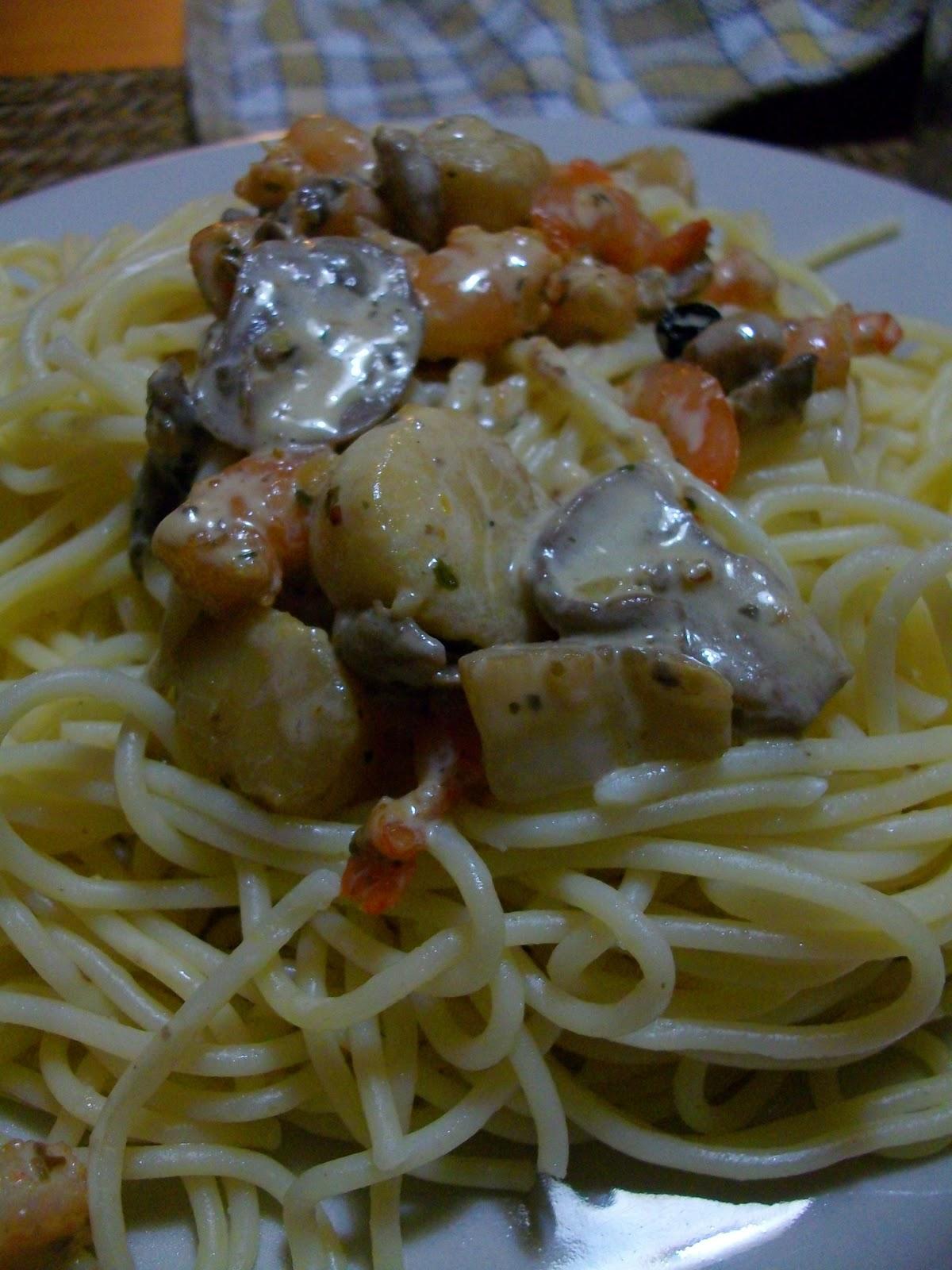 Mon livre de cuisine spaghetti aux crevettes et noix de for Livre de cuisine indienne