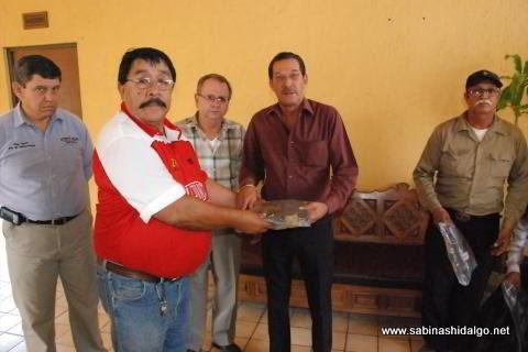 Entrega de uniformes al Sindicato de Burócratas Municipales