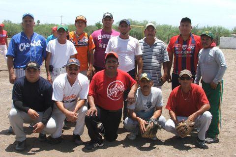 Equipo Barrio de Sonora en el softbol del Club Sertoma