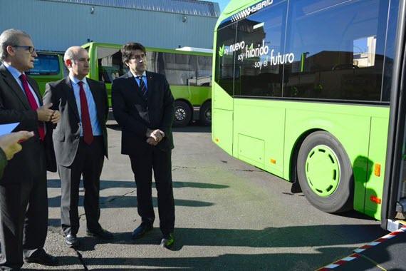 8 nuevos autobuses urbanos híbridos para Alcorcón y Móstoles