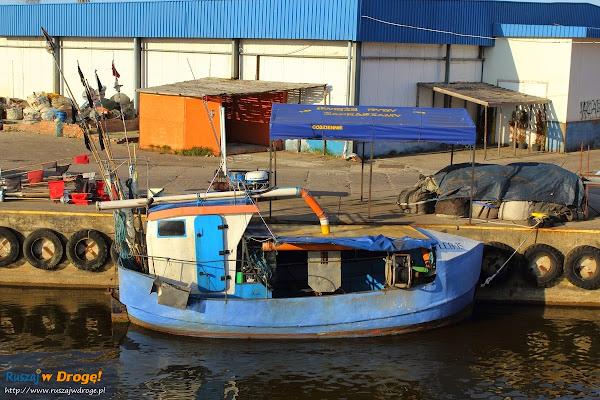 łebski port i świeże rybki