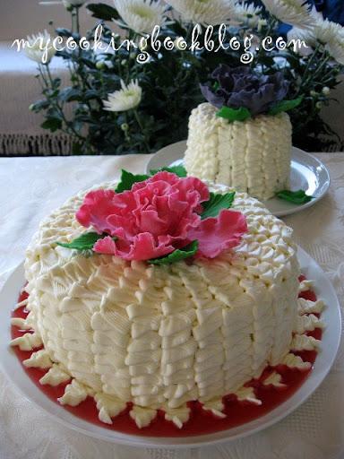 Торта (чийзкейк) с малини и къпини. Честит ми рожден ден