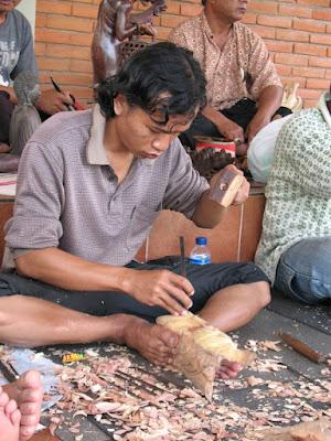 Avec les artisans-ébénistes