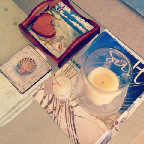 Blogging from the beach, Beachy coffee table, Natasha in Oz