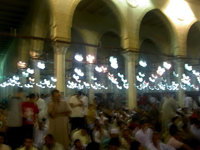 صور رمضان فى القاهرة بين الحسين ومسجد عمر  (( خاص لأمواج )) PICT2738