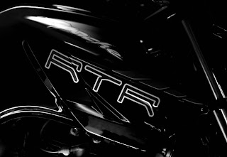 TVS Apache RTR 220 images