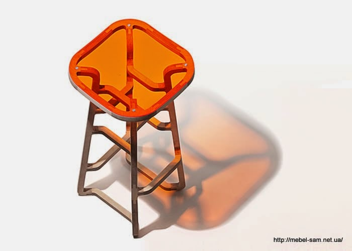 Барный стул из фанеры - общий вид