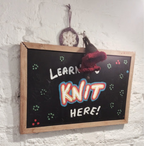 Sign in This is Knit workshop area