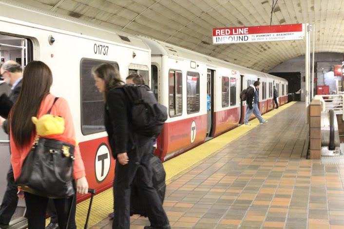 the train at the inbound platform