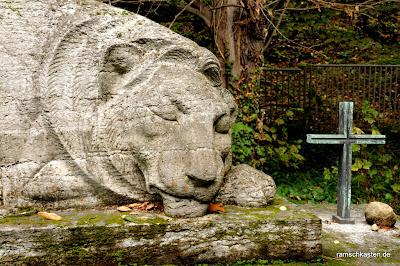 Löwe auf dem Südfriedhof