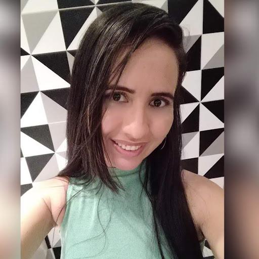 Ana Paula L. F. Vasconcelos picture