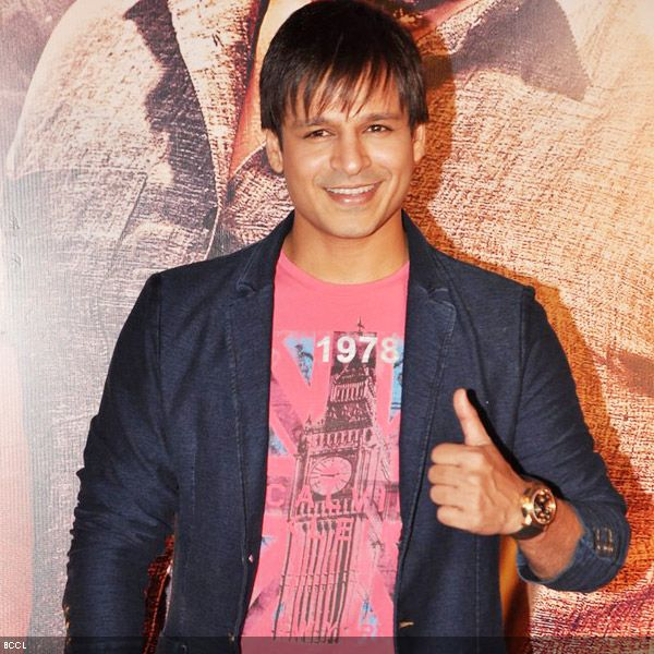 B'wood actor Vivek Oberoi gives a thumbs up at the premiere of the movie 'Zila Ghaziabad', held at PVR Cinema in Mumbai, on February 21, 2013. (Pic: Viral Bhayani)