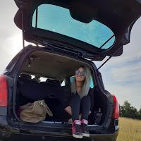 Nadia X's avatar