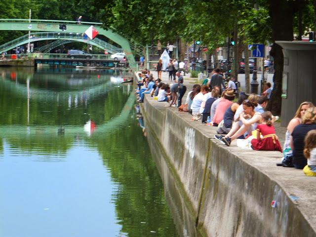 Canal Saint-Martin, París, Elisa N, Blog de Viajes