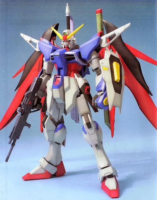 Mô hình Destiny Gundam tỷ lệ 1/100 MG kích thước khi hoàn thành cao 18 cm