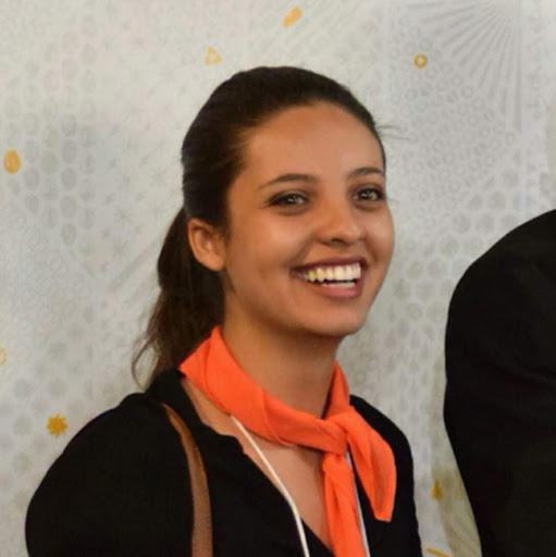 Luana Santos picture