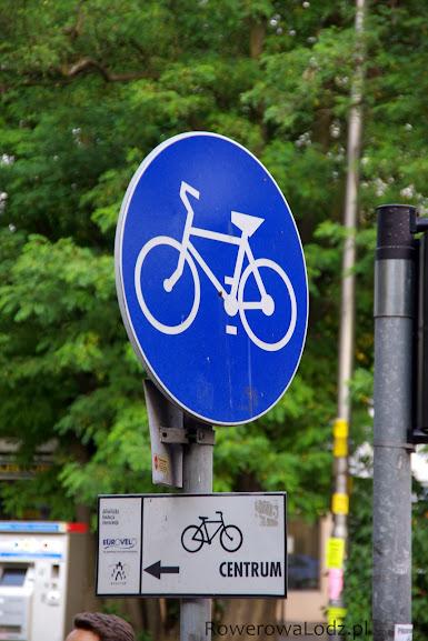 Szlaki i drogi rowerowe są specjalnie oznakowane