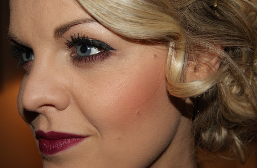 Photo%2525206%252520Dec%2525202012%25252018%25253A12 Christmas Party   1920s Inspired Makeup