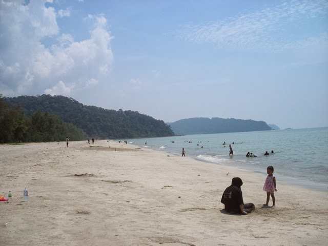 Pantai-Air-Papan-Beach