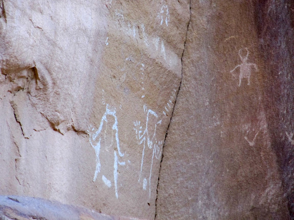 White pictographs