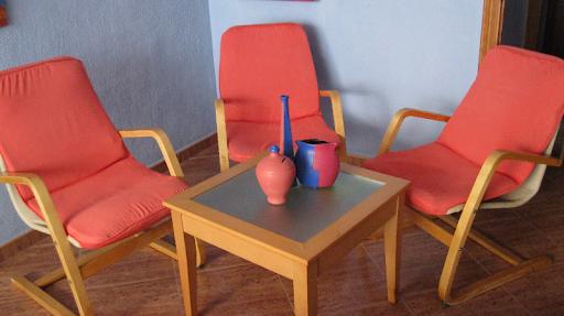 vendo tres sillas es muy buen estado,se