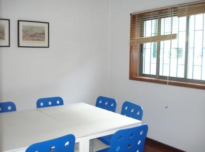 Classroom 2 - speak portuguese