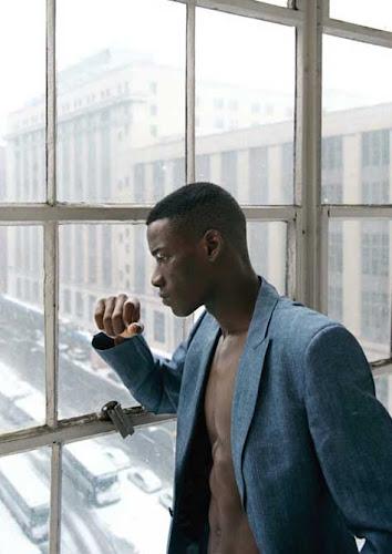 David Agbodji, desnudo