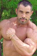 Hot and Sexy Muscular Male Bodybuilders
