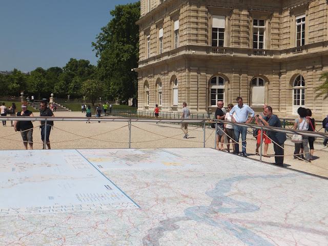 Mapa Michelin en los Jardines de Luxemburgo, París