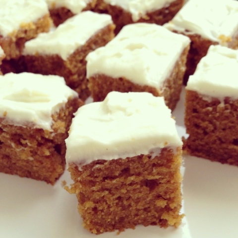 the easiest one-bowl pumpkin cake recipe