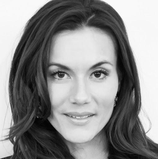 Adriana Bates