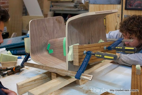 Склейка-сборка фанерного стула