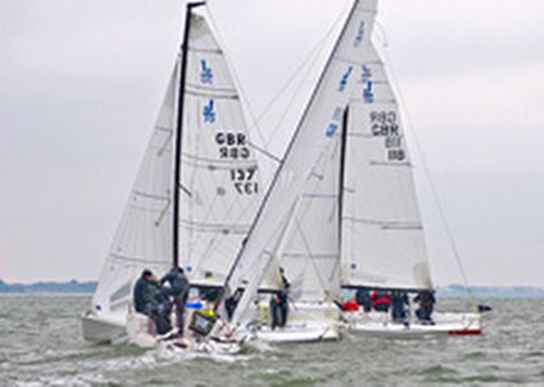 J/70s dueling upwind at Warsash Spring Series
