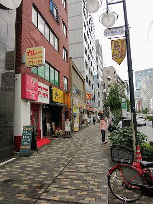 カレーハウス・チリチリから渋谷に向かう明治通り