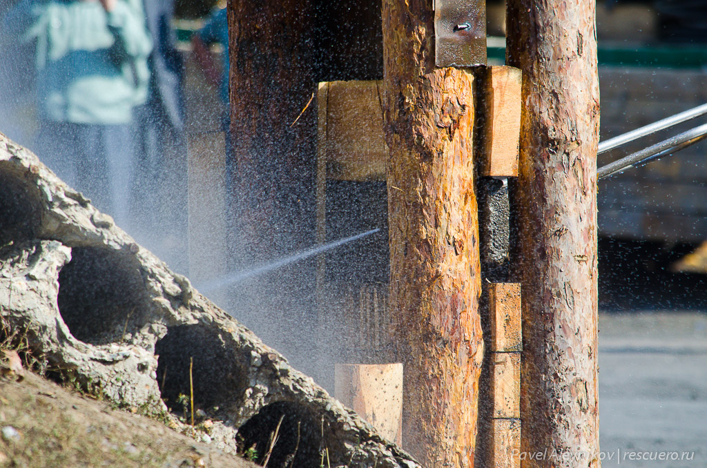 Резка бетона водой