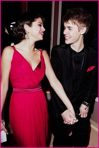 new justin bieber and selena gomez. New Pictures Justin Bieber and