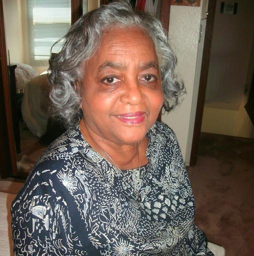 Gladys Roy Photo 5