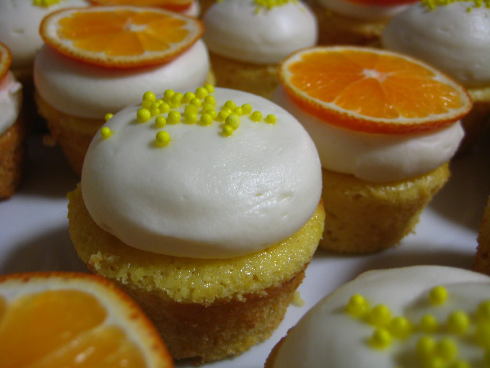 ... : Orange Chiffon Cupcakes with White Chocolate Cream Cheese Frosting