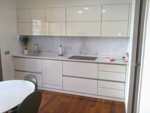 Lovik cocina moderna tienda de muebles de cocina desde - Cocina blanca encimera blanca ...