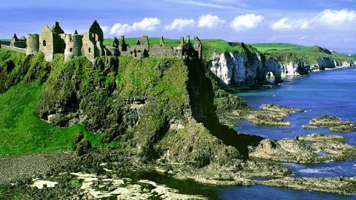 Dunluce Castle, County Antrim, Ireland.jpg