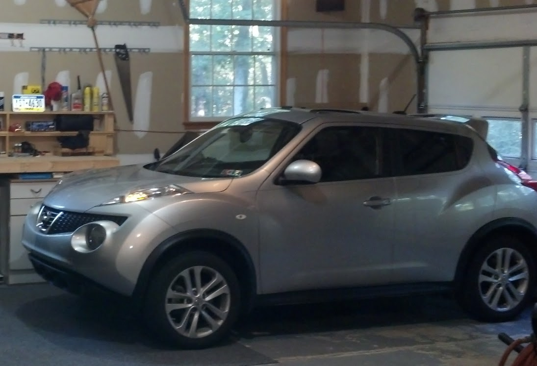 2011 Juke (Almost As Much Fun As The Mini To Drive In The Twisties And  Bigger With More Room And AWD, Great Car):