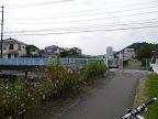 この橋を渡って八王子南野方面へ向かう@@@512@@@385