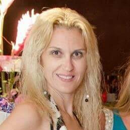 Nicole Paris