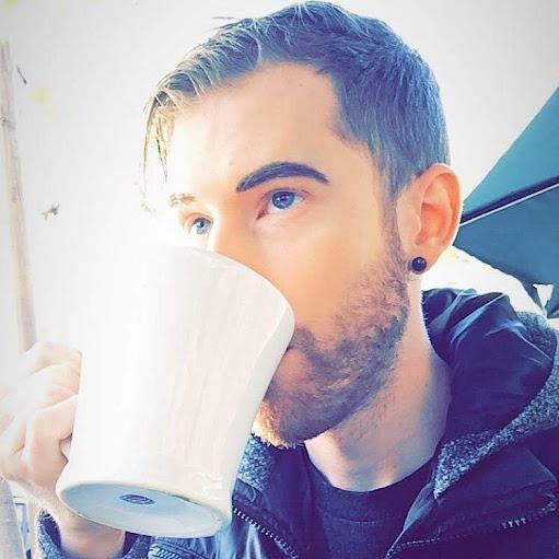 Brandon Farris (Vlog)