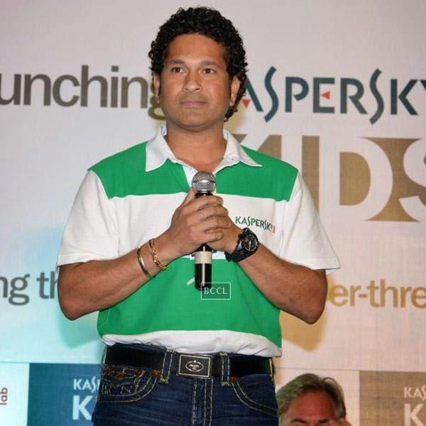 Sachin Tendulkar gets clicked during Kaspersky Kids awareness programme, held at Ryan International School, on July 23, 2014. (Pic: Viral Bhayani)