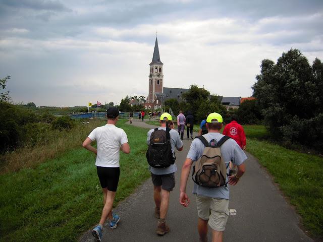 """12 août 2011: 42ème édition des 100km de la """"Dodentocht"""" DSCN5759"""