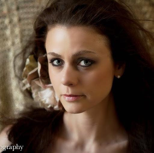 Profile picture for Lara A.