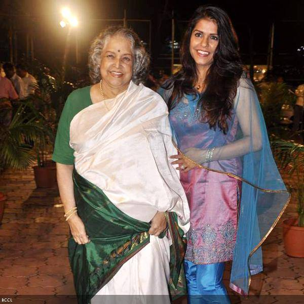 Shobha Khote with daughter Bhavna Balsaver seen at Ramesh and Seema Deo's 50th wedding anniversary, held at ISKCON, in Mumbai, on July 1, 2013. (Pic: Viral Bhayani)